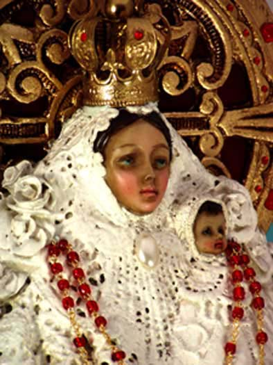 Close-up — MADONNA WITH CHILD