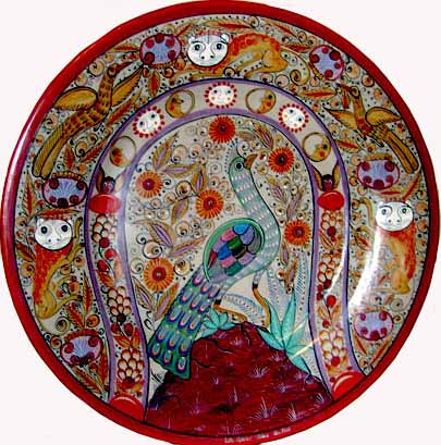 The bold, refined, original creations of master barro bruñido artist, José Luis Cortéz Hernández .