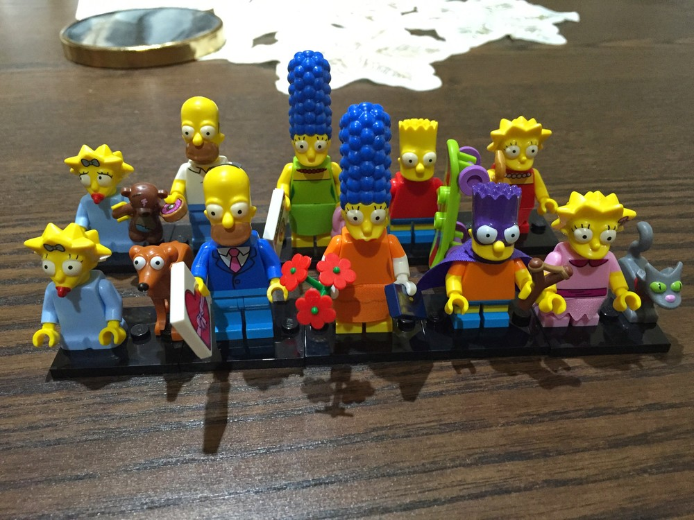 New Simpsons family compared to series 1.