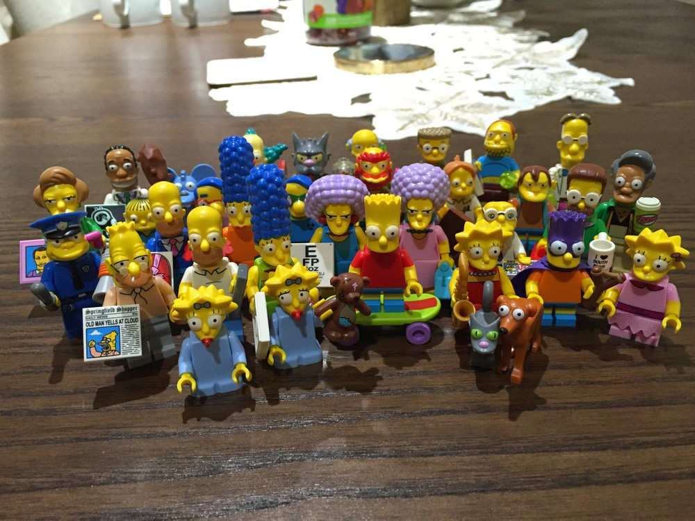 All the minifigures together!