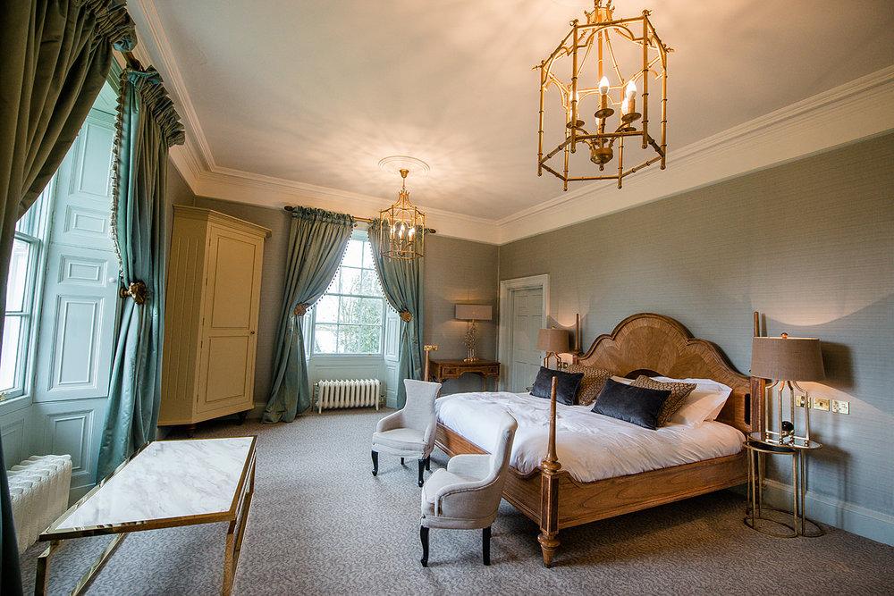 saltmarshe suite 1.jpg