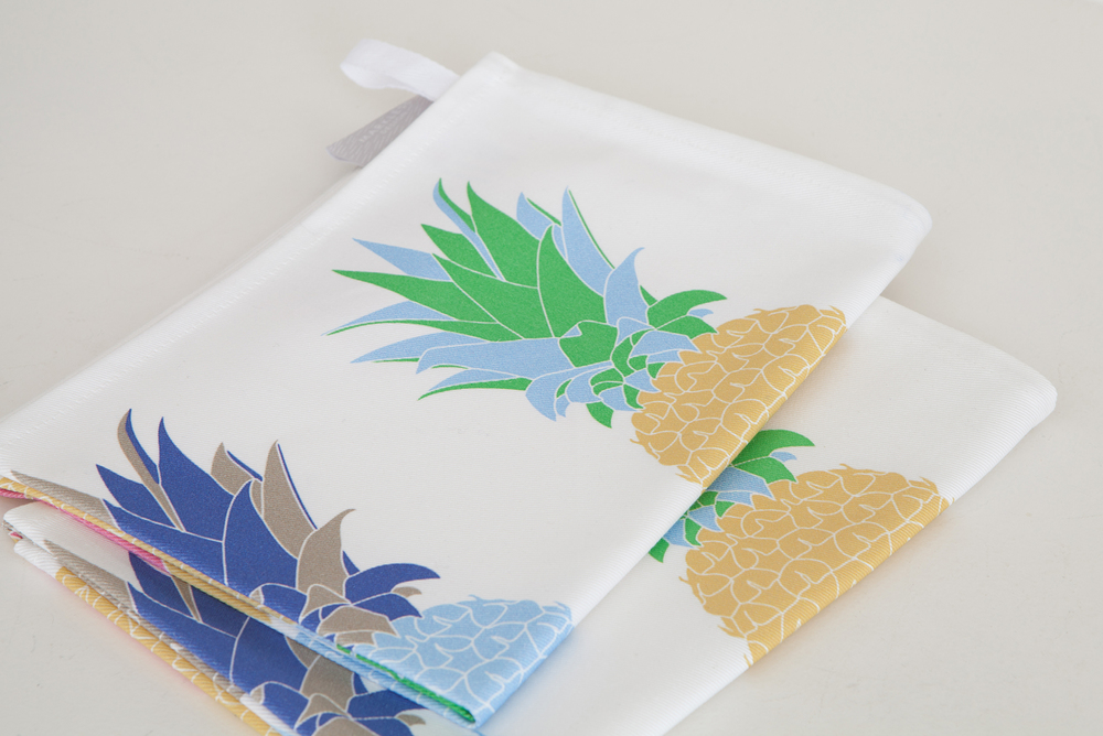 PINEAPPLE TEATOWEL PAIR.jpg