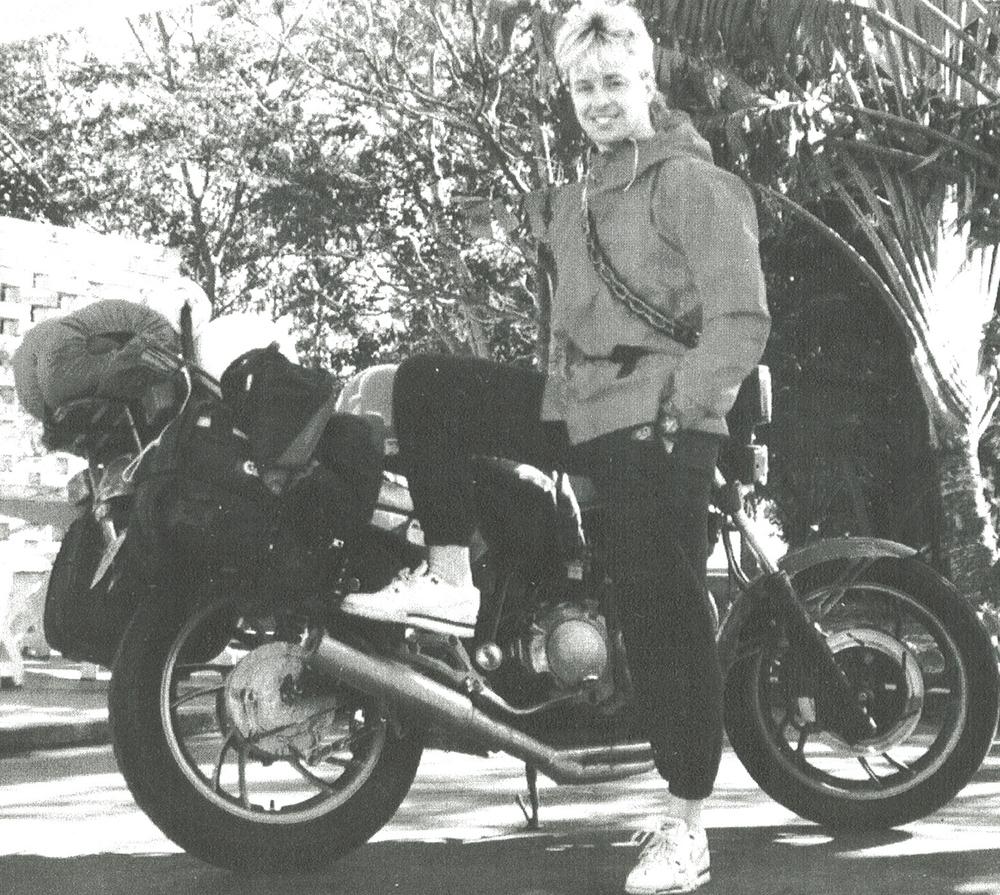 006 motor bike.jpg