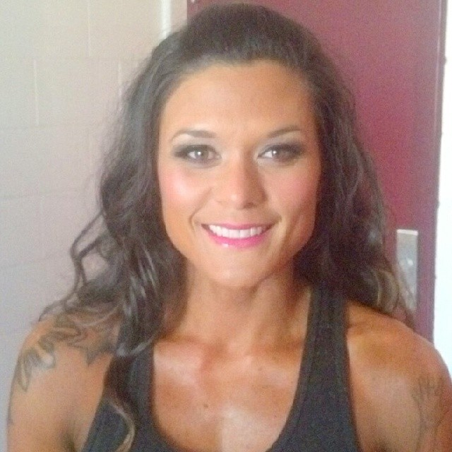 Beautiful bikini makeup!!! #nofilter #lsrbeautyteam #glossagirl