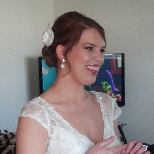 Beautiful Bride from yesterday…Congrats Kayla @glossagirl #bridalmakeup #glossagirl
