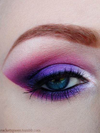 This would be a GREAT eye with a pink, purple or black suit! A fun way to add color to your stage look.