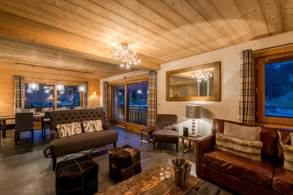 Luxurious lounge and dining room, Les Pierrys, Morzine