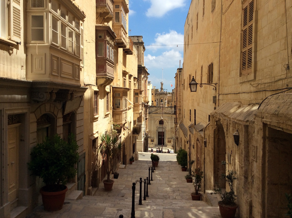 And sometimes, you take a turn round a street and find yourself in Game of Thrones times (Valletta, Malta)