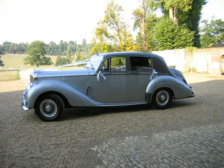 Bentley R type wedding car hire Surrey & Sussex