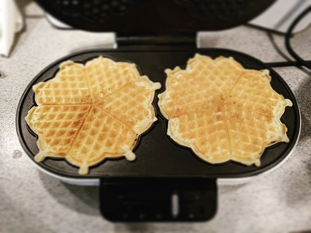 #waffleperfection After 6 years of living in this waffle crazed country I finally invested in a waffle machine for myself. #glutenfree #dairyfree #waffles to be topped with whipped #coconutcream and #raspberryjam Thanks Norway! 😄🥞🇧🇻