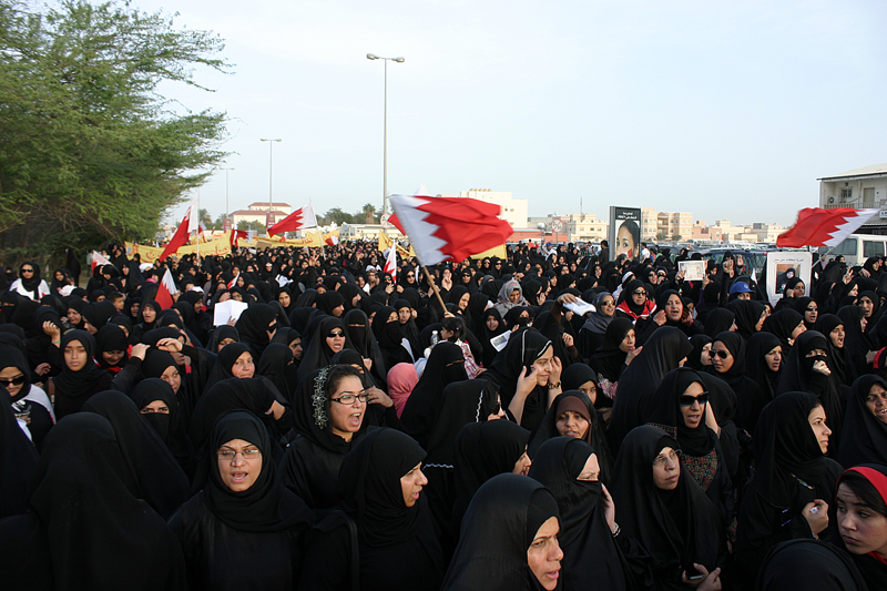 Marching 10s of 1000s deep Bahrain.jpg