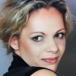 Natalia-Feldman_avatar_1438100105-245x245.jpg