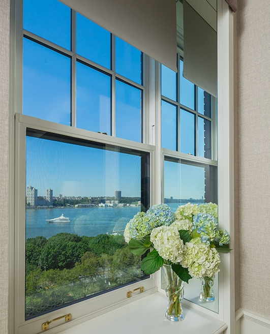 Panorama Double Hung window