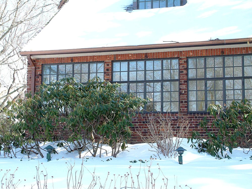 FC Brick house w snow.JPG