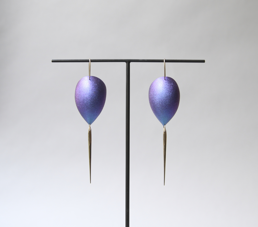 Egg Dangle Niobium