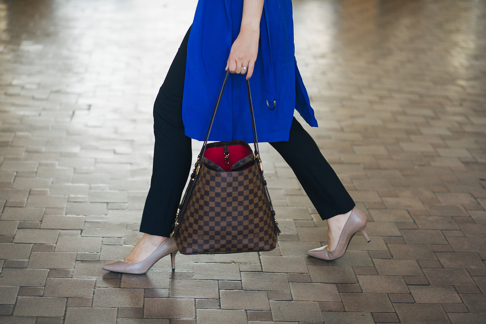 Cubicle Chic #GirlBoss || 7 Pieces of Career Advice I Would Give to My 20-something Self Shoes: Kenneth Cole; similar here, here, here Blazer vest: Chelsea28 x Olivia Palermo; similar here,here,here Bag: Louis Vuitton Bag; similar here,here,here