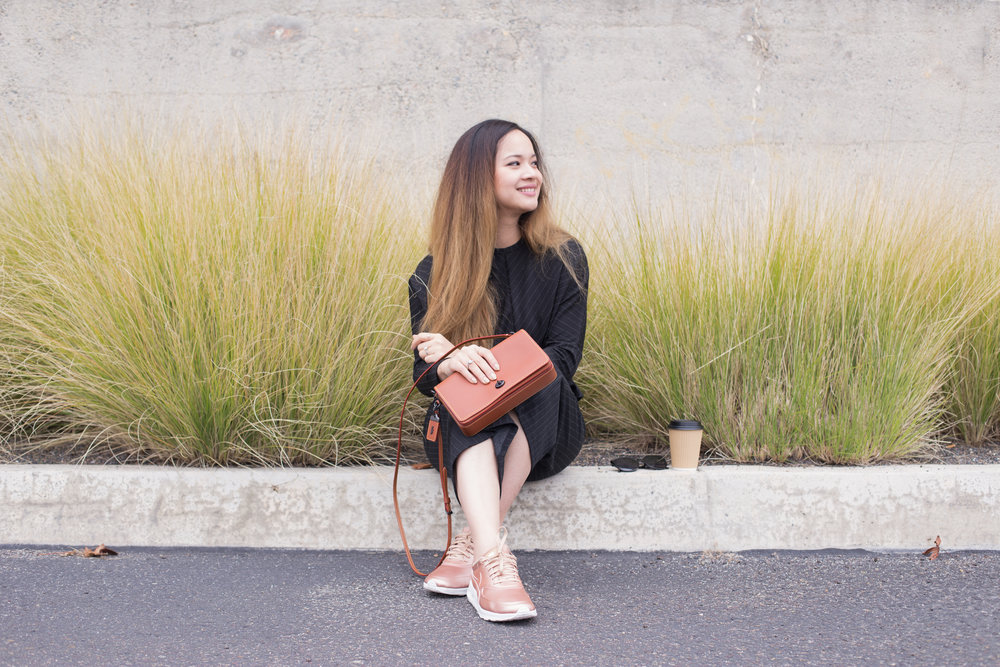 Athleisure For Workwear || How to Wear Sneakers to Work || Rose Gold Nike Air Max Thea