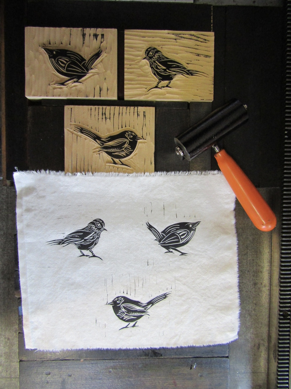 Printing the birds on cotton muslin.