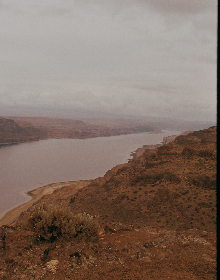 Columbia River by  Lon.
