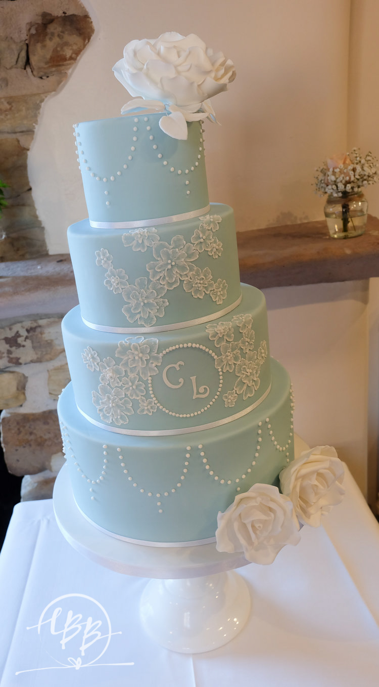 Hyde Bank Farm Blue White Sugar Flower Wedding Cake.jpg