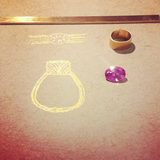 The start of something beautiful. Lab-grown pink sapphire and 18 karat gold. #labgrownsapphire #pinksapphire #staygolden #lovegoldlive #engagementring #jewelry