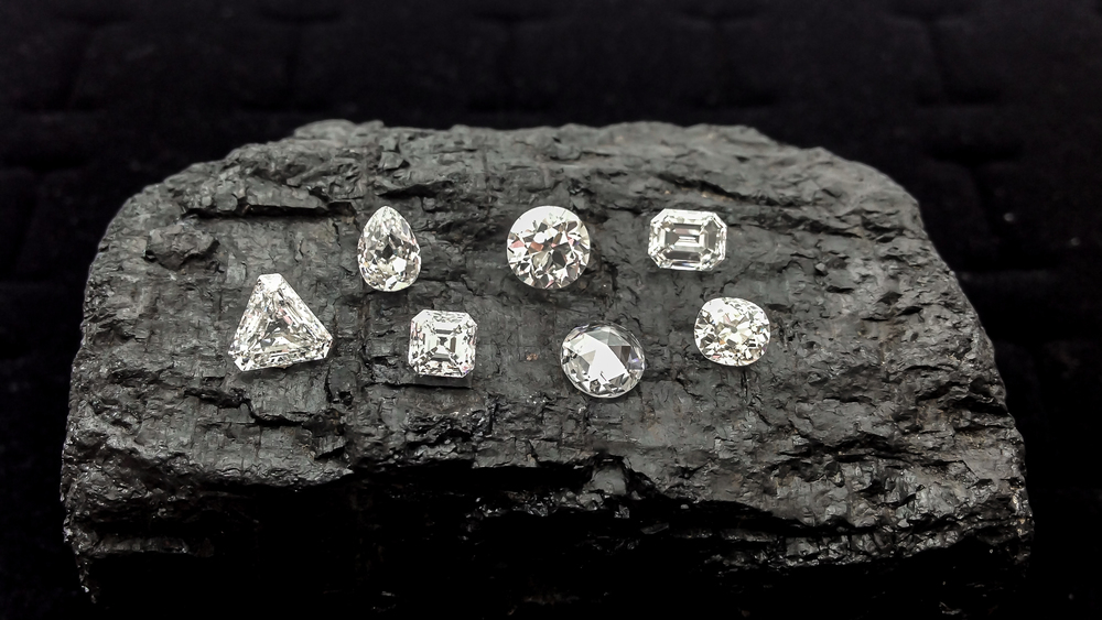 Antique DIamonds, Old Mine Cut Diamonds and Old European Cut Diamonds from Perpetuum Jewels