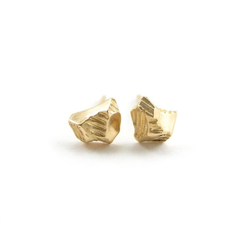 beers white stud earrings earring studded de diamond gold lotus enchanted