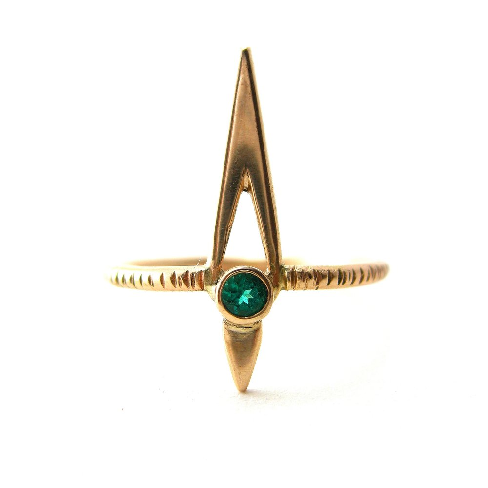lab created wales round by benzgem and shape of diana princess diamonds cut gold x grown chrysoberyl guydesign emerald white carats ring style imitation alexandrite
