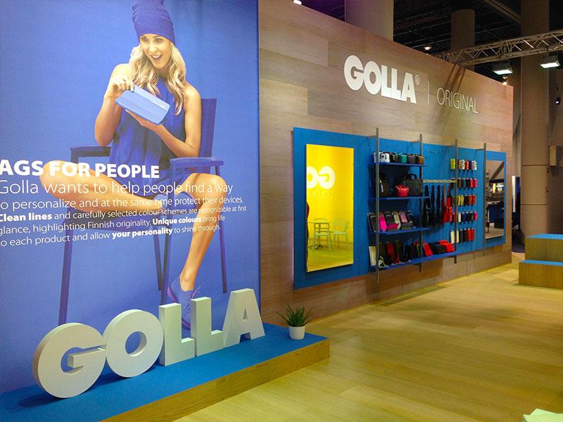 Golla-Custom-Exhibit-Stand-5.jpg