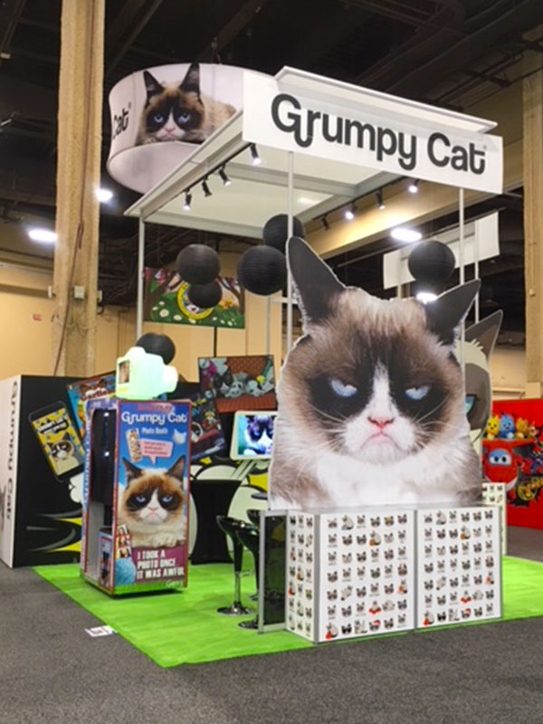 Grumpy-Cat-Rental-Octanorm-Exhibit-Stand.jpg