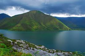 Lake Tawar.