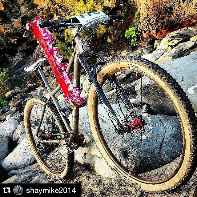 #Repost @shaymike2014 ・・・ Post race at Xterra World Championships.  Aussie Cycle Works 29er. #acwrecentbuilds #aussiecycleworks #MTb #29er #titanium #xterra