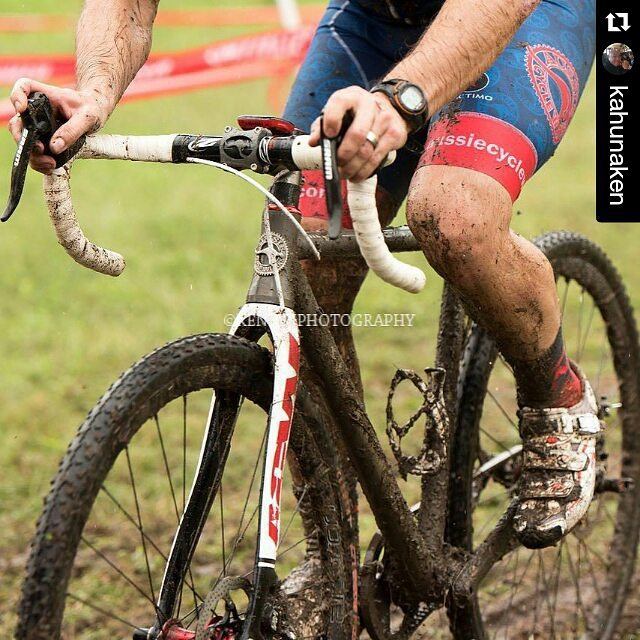 #Repost @kahunaken ・・・ #cyclocrossracing #cyclocross #cycling #cx #cxisfun #cxismud #cx #cxispainful #gatesbelts #beltdrive #singlespeed #cxss #htxcx #hgpcx #titanium #gatescarbonbelt @colielanders @aussiecycleworks @kolopromo