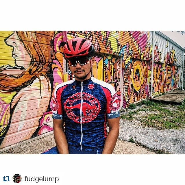 #Repost @fudgelump ・・・ New @aussiecycleworks kits are 👌🏼 Want cool, custom Ti-bikes? Check em out.  Kits by @pactimo_official  #aussiecycleworks #cycling #kitdoping #cyclingkit #pactimo #htx #houston @wileyart
