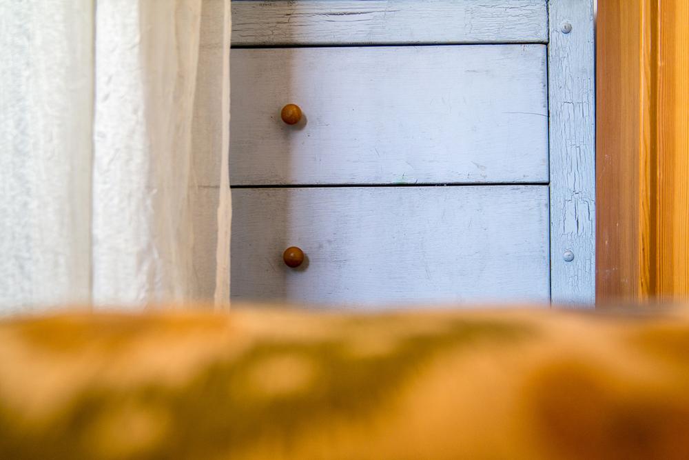 Wasim Muklashy_Real Estate Photography_Bedroom_Vintage Dresser_Vignette