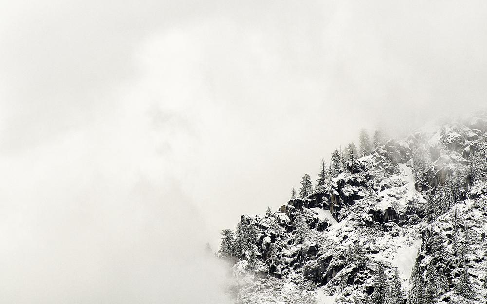 Wasim_Muklashy_Photography_Yosemite_Lady_In_White_Apple OS X Yosemite