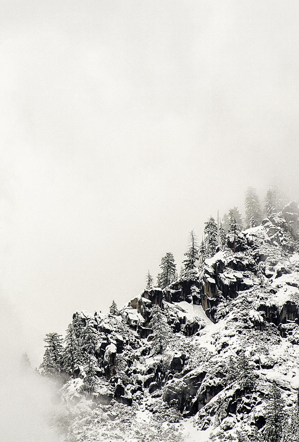 Wasim_Muklashy_Photography_Yosemite_Lady_In_White_iPhone5