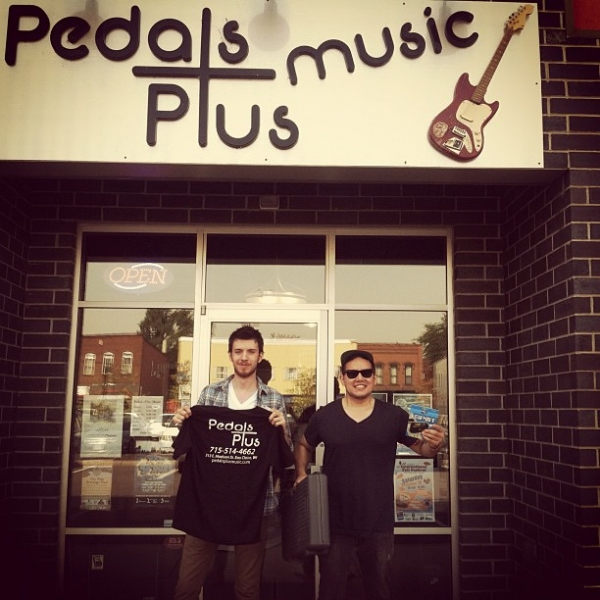 Found this place in Eau Claire,  Pedals Music  hooked us up in our time of need.  Summer 2012