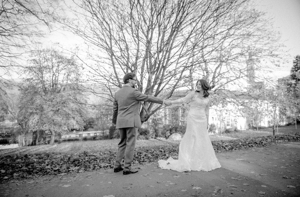 bride-in-saltaire.jpg