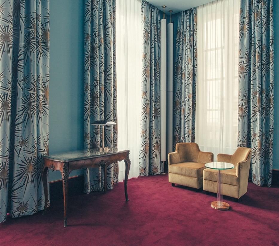 Dimorestudio hotelsaintmarc phphilippeservent 18 933x1400 jpg chinese deco nichols style rug anouska tamony