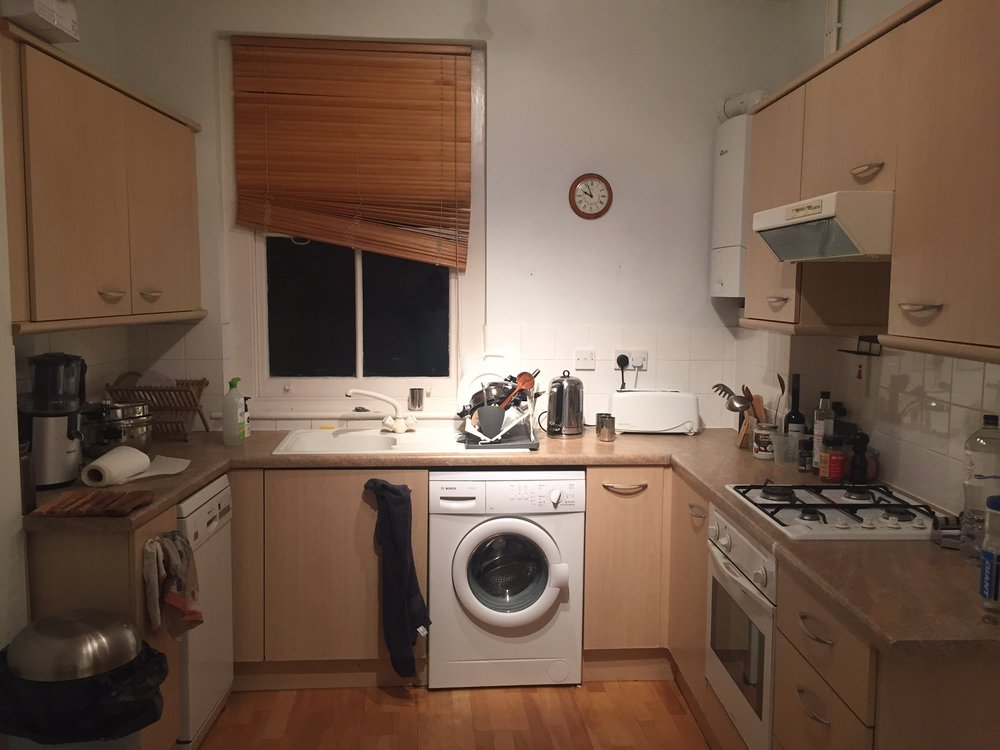 09 - Kitchen 02.JPG