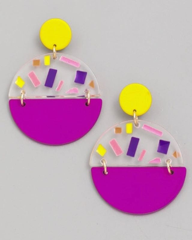 Grape Lemonade Earrings are lightweight are look great! 🍇🍋 Shop new earrings today. www.GoldRushBoutique.com