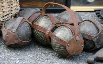 old boules.jpg