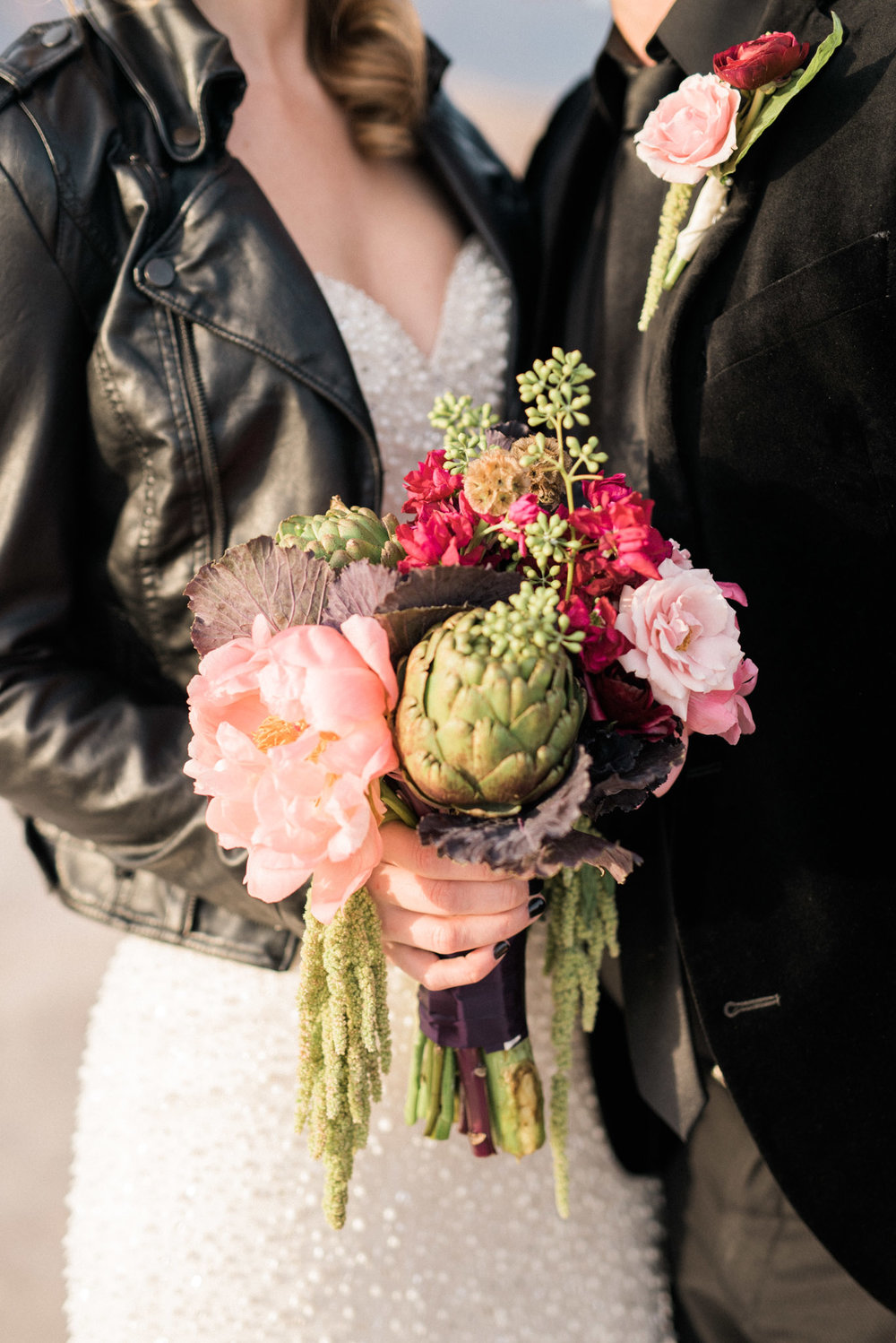 Kristen Kay Photography Cultivate Goods Las Vegas Desert Elopement Bouquet-12.jpg