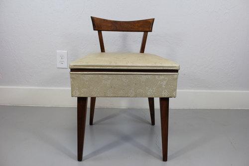 Vintage Sewing Chair - Vintage Sewing Chair — Mid Century Modern Unique
