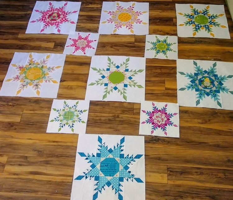 Cara (@sew_colorado)  is making beautiful progress on her Star Flurries quilt!