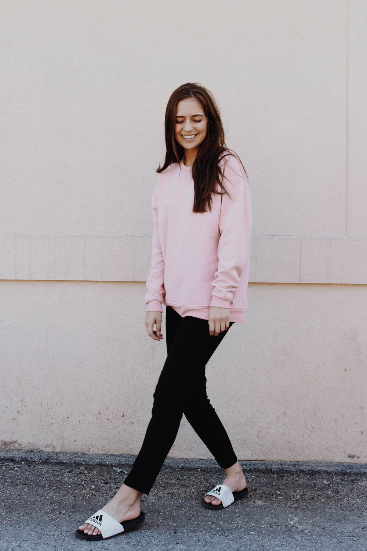 Jessie Sweatshirt -  Hutchison /Skinny Yoga Jeans (Black) -  Yoga Jeans