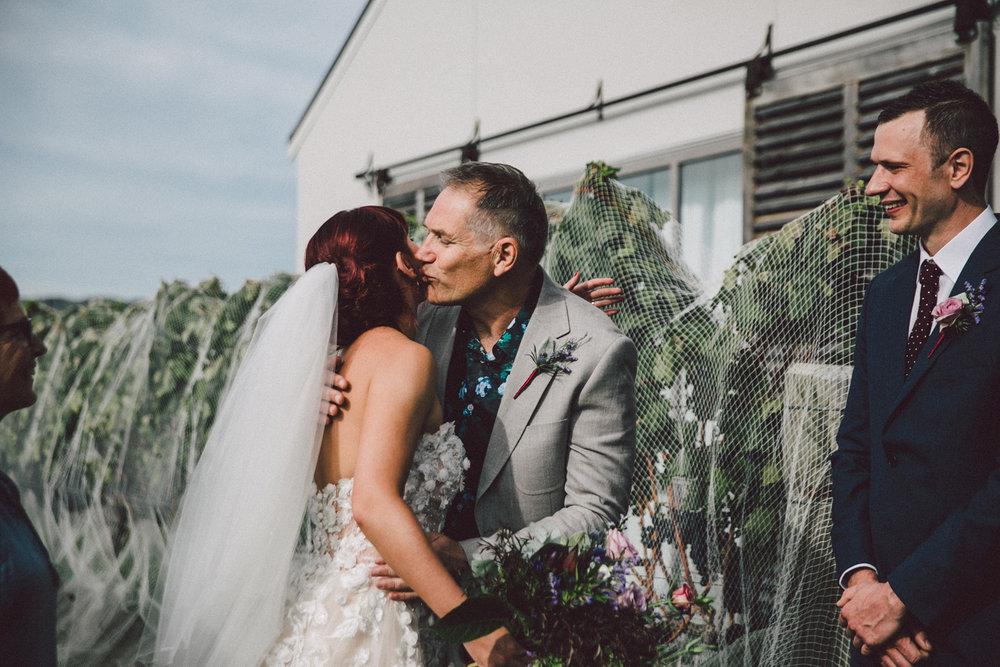 Sarah_McEvoy_Poppies_Wedding_Wairarapa_032.jpg