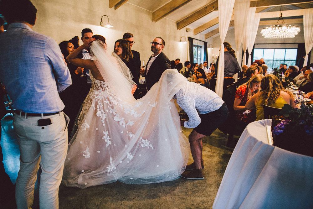 Sarah_McEvoy_Poppies_Wedding_Wairarapa_065.jpg