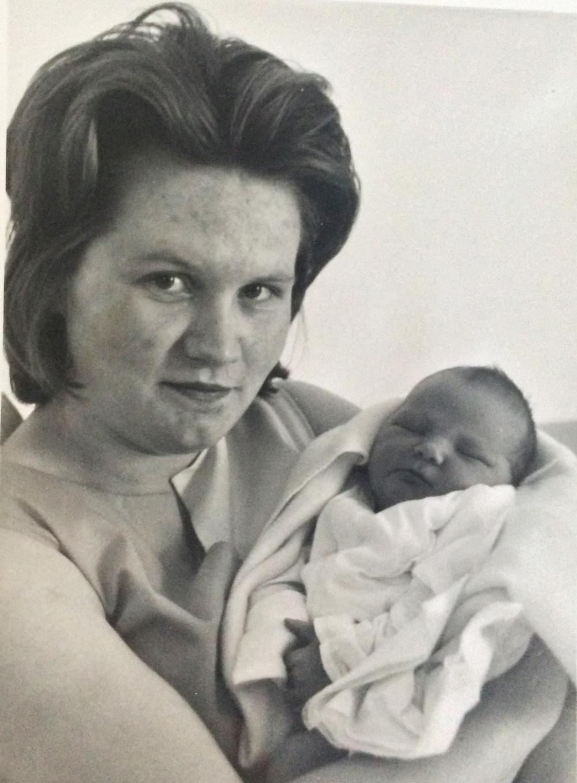 1960: I was born.